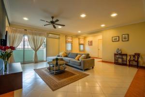 LSE @ Bayu Putri Private Apartment 1, Ferienwohnungen  Johor Bahru - big - 10