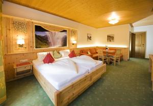 Ski in Ski out Hotel Unterellmau, Hotely  Saalbach Hinterglemm - big - 3