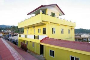 Luis Bay Travellers Lodge