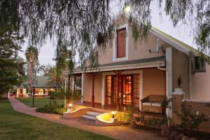 Montana Guest Farm, Bed & Breakfasts  Oudtshoorn - big - 19