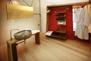 Ambienthotel PrimaLuna, Hotely  Malcesine - big - 22