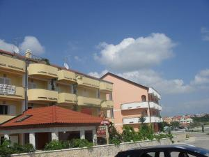 Apartments Villa Supertom, Apartmanok  Povljana - big - 45
