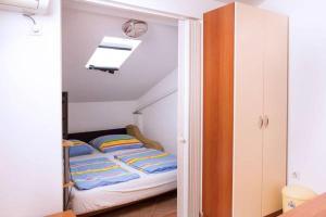 Apartments Villa Supertom, Apartmanok  Povljana - big - 29