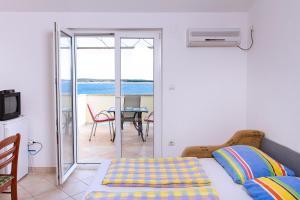 Apartments Villa Supertom, Apartmanok  Povljana - big - 42