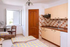 Apartments Villa Supertom, Apartmanok  Povljana - big - 41