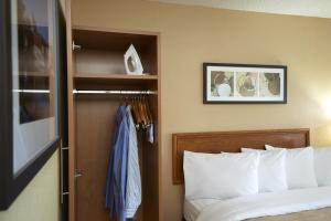 Standard Queen Room with Sofa Bed - Second Floor