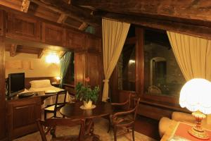 Mont Blanc Hotel Village - Small Luxury Hotels of the World, Hotely  La Salle - big - 24