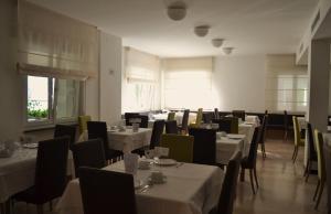 Villa Franca, Hotel  Nago-Torbole - big - 173