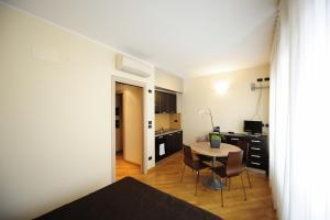 Corvetto Residence Porto Di Mare, Апарт-отели  Милан - big - 38