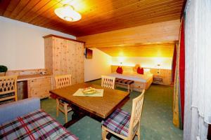 Ski in Ski out Hotel Unterellmau, Hotely  Saalbach Hinterglemm - big - 9