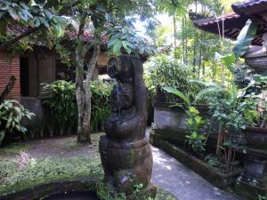 Villa Bhuana Alit, Гостевые дома  Убуд - big - 38