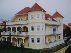 Rosen Villa Hévíz, Apartmány  Hévíz - big - 14