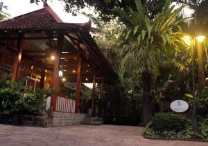 Wisma Ary's, Penzióny  Yogyakarta - big - 36