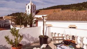 Bartholomeu Guesthouse, Penziony  São Bartolomeu de Messines - big - 71
