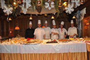 Alpen Hotel Corona, Hotely  Vigo di Fassa - big - 68