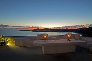 Boundless Blue Villas, Villas  Platis Yialos Mykonos - big - 29