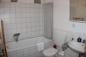 Sixties Apartments, Apartmány  Berlín - big - 32