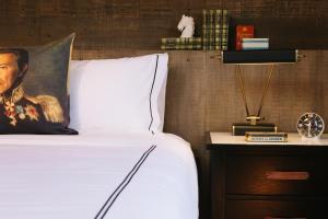 Chambre de Luxe avec 2 Lits Queen-Size - Accessible aux Personnes à Mobilité Réduite