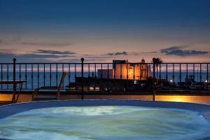 Hotel Nettuno - AbcAlberghi.com