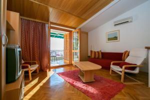 Apartments Staničić, Apartments  Brela - big - 69