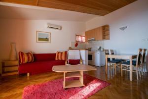 Apartments Staničić, Apartments  Brela - big - 90