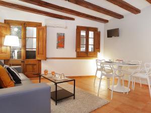 Economy Two-Bedroom Apartment Plaça Catalunya