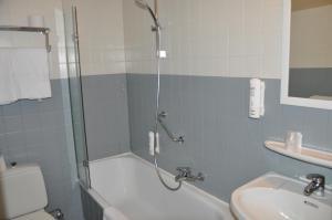 Hotel Louisa, Hotely  Ostende - big - 34