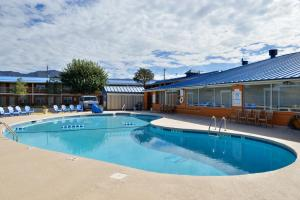 Magnuson Hotel and Suites Alamogordo, Hotely  Alamogordo - big - 52