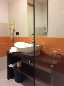 Hotel Motel Futura, Мотели  Падерно-Дуньяно - big - 19