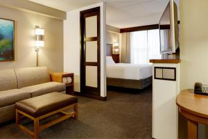 Kamer met Kingsize Bed en Slaapbank - Bovenverdieping
