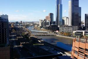 Aura on Flinders Serviced Apartments, Aparthotels  Melbourne - big - 6