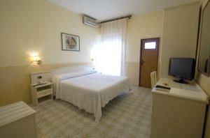 Hotel Riviera, Hotely  Trani - big - 5