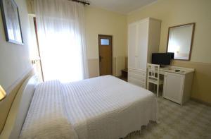 Hotel Riviera, Hotely  Trani - big - 4