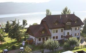 Ferienwohnungen Fischerhaus - direkt am See, Apartmanok  Millstatt - big - 41