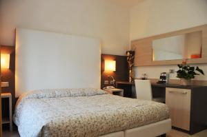 Hotel Venezia, Szállodák  Caorle - big - 51
