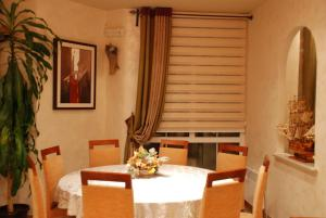 Apartments and Rooms Villa Gaga 2, Bed & Breakfast  Budua - big - 85