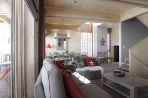 L'Aiguille Grive Chalets Hotel, Hotely  Arc 1800 - big - 7