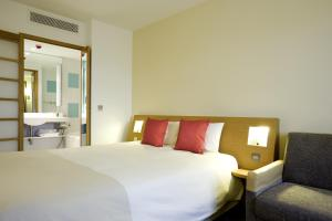 Novotel Newcastle Airport (6 of 63)