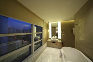 Bamboo Suite
