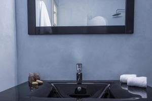 Azzurro Suites, Апарт-отели  Тира - big - 5