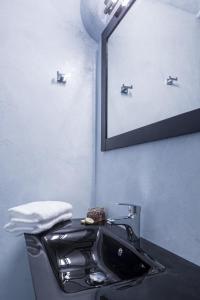 Azzurro Suites, Apartmánové hotely  Fira - big - 4