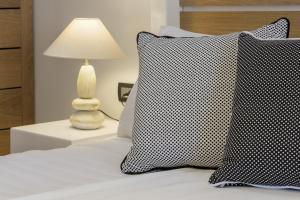 Azzurro Suites, Apartmánové hotely  Fira - big - 41