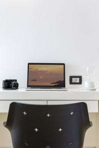 Azzurro Suites, Apartmánové hotely  Fira - big - 11