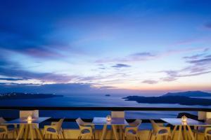 Azzurro Suites, Apartmánové hotely  Fira - big - 35