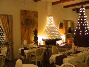 Les Deux Frères, Hotel  Roquebrune-Cap-Martin - big - 45