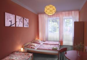 Hotel Pod Stráží, Hotels  Lhenice - big - 3