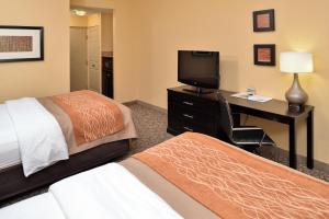 Standard Room, 2 Queen Beds, Non-Smoking
