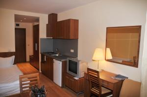 Villa Park Guest Apartments, Apartmanhotelek  Borovec - big - 6