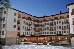 Villa Park Guest Apartments, Apartmanhotelek  Borovec - big - 1