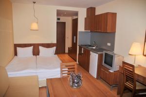 Villa Park Guest Apartments, Apartmanhotelek  Borovec - big - 9